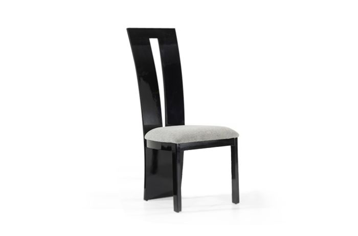Valdina Chair Black Front